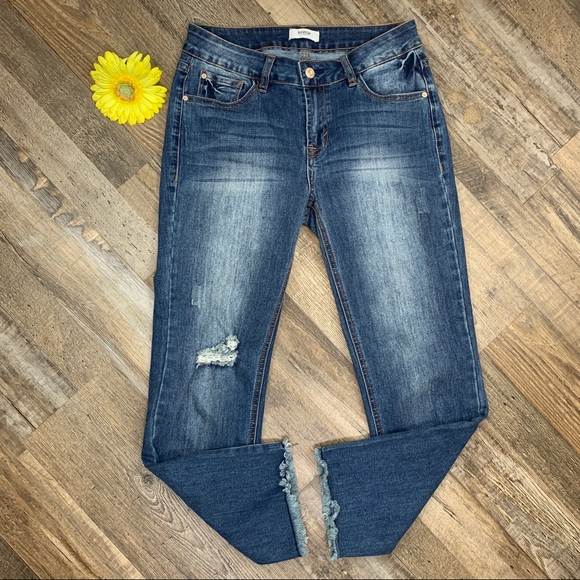 Kensie Deconstructed Frayed Cropped Skinny Jeans 2